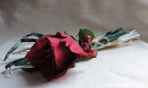 Декоративное украшение для стола «Красная  роза»