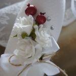Оформление бутылки «Белые розы»
